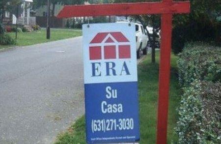 Aprovecha el nombre que tiene la inmobiliaria para un anuncio