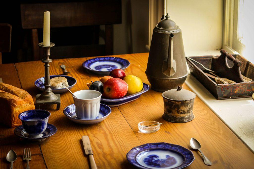 Prepara la mesa como si fuera de un restaurante en tu estrategia de Home Staging