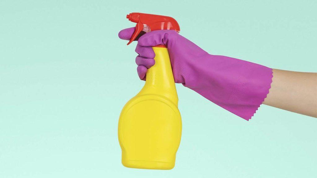 Cómo desinfectar las superficies de tu hogar